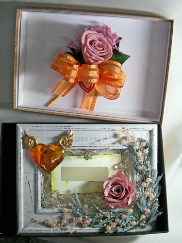 贈呈用のプリザーブドアレンジとブートニア