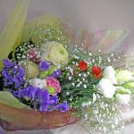 ラナンキュラスとトルコキキョウの花束