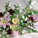 コデマリとユリの花束