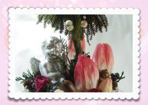 天使とチューリップのクリスマスアレンジ
