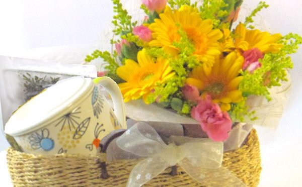 ミントのティータイムと花束のギフトセット