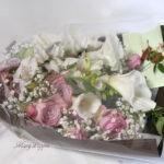 薔薇とカラーの花束