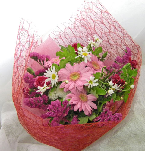 ガーベラとゼラニウムの花束